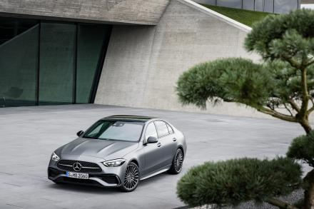 Mercedes-Benz C Class Saloon Special Editions C300e AMG Line Night Edition Premium 4dr 9G-Tronic
