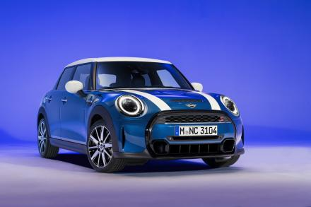 MINI Hatchback Special Edition 1.5 Cooper Shadow Edition 5dr Auto [Comfort Pack]